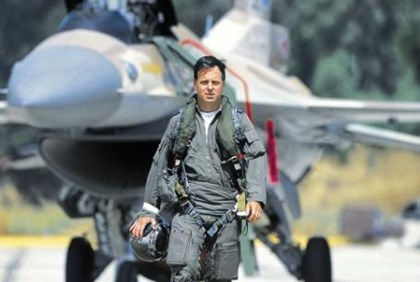 Ilan Ramon with his F-16