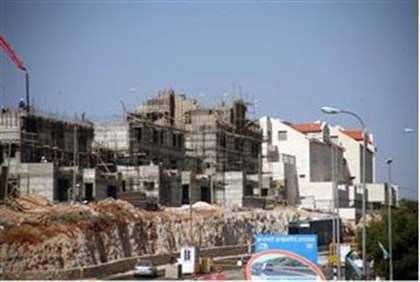 Construction in Kiryat Arba