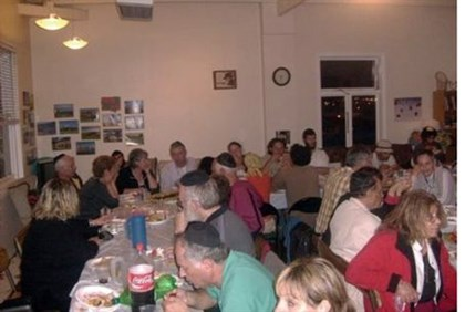 Kosher diners at New Zealand Chabad House