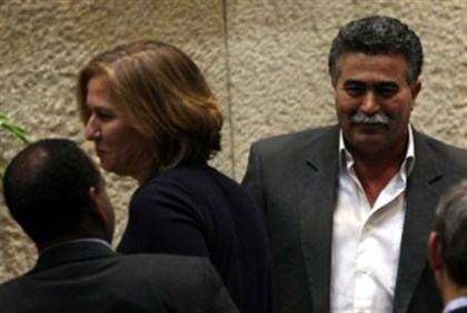 MKs Livni (Kadima) and Peretz (Labor), 25.1.11