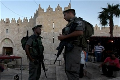 Police at Damascus Gate