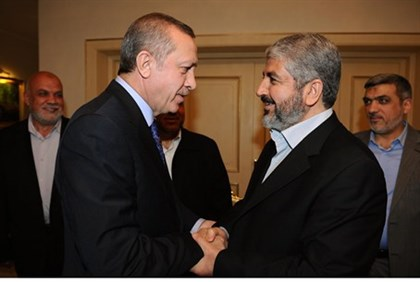 Turkey's Erdogan and Khaled Mashaal (file)