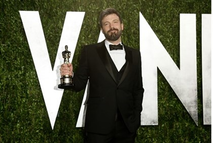 Director Ben Affleck with the Oscar