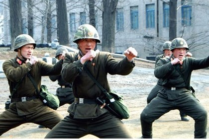Soldiers of the Korean People's Army (KPA) in military training