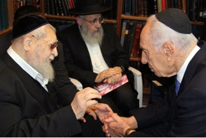 Peres with Rabbi Ovadia