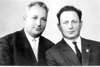 Alexander Pechersky, left, with fellow Sobibor survivor Aleksei Weizen