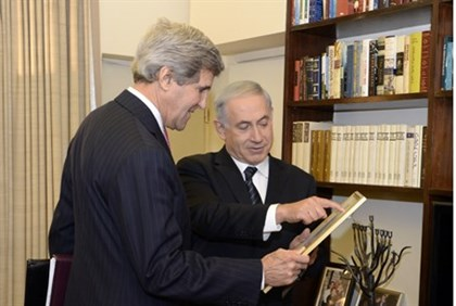 Kerry with Netanyahu, January 2014 (illustrative)