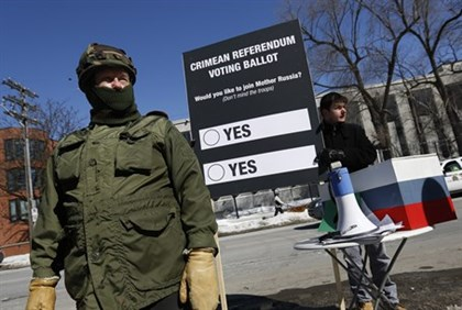 Referendum protest outside Russian Embassy in Ottowa