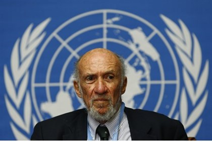 Richard Falk addresses a news conference on March 21, 2014