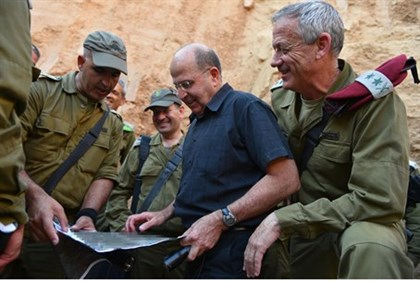 Ya'alon meets with IDF's Gaza Division