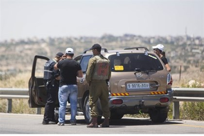 Checking cars near Hevron