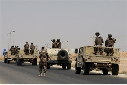 Jordanian army deploys on Iraqi border