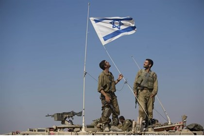 IDF soldiers near Gaza