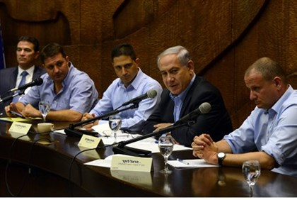 Prime Minister Netanyahu meets with heads of southern communities