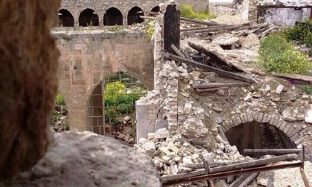Aleppo's ancient synagogue, scared by years of war