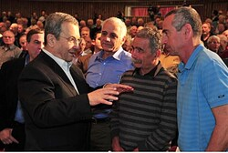 Barak and former Sayeret soldiers