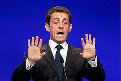 Sarkozy denies Qaddafi funded his 2077 campaign