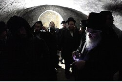 In the Tomb of Otniel Ben Kanaz (archive)