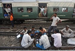 Trainstopping in India