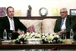Russian Foreign Minister Sergei Lavrov and PA Chairman Mahmoud Abbas