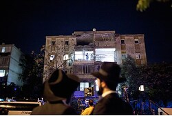 Kiryat Malachi building hit by missile