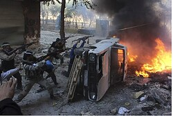 (Illustration) Syrian rebels take positions in Aleppo [Reuters]