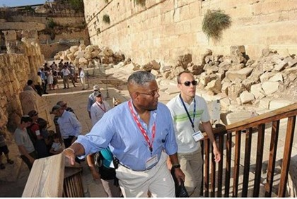 Allen West in Old City visit