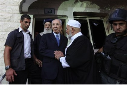 President Peres visits Damaged Mosque