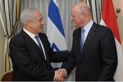 Dutch Foreign Affairs Minister Uri Rosenthal and Prime Minister Binyamin Netanyahu