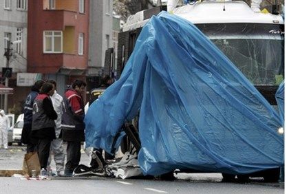 Istanbul forensic team examines damaged bus