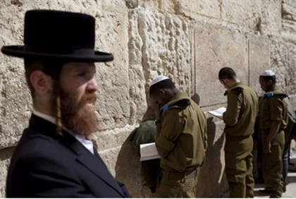 Hareidi man, IDF soldiers at Kotel