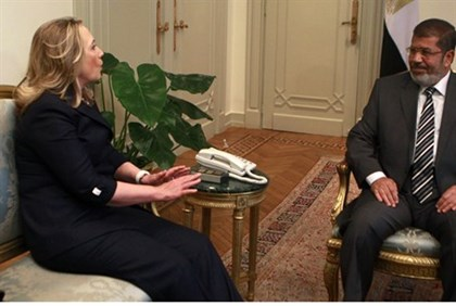 US Secy of State Clinton, Egyptian Pres. Mursi