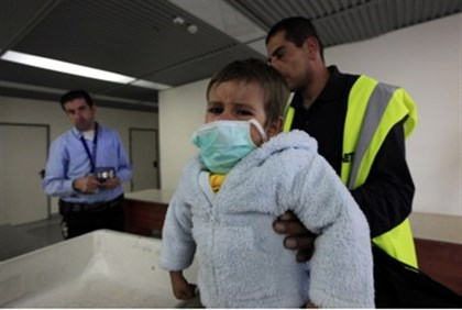 Sick Gazan child comes for treatment in Israel