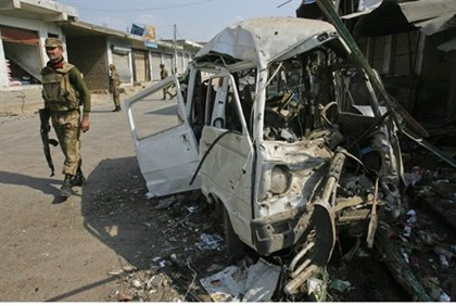Northwest Pakistan suicide bombing (file)