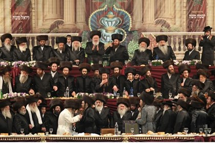 Satmar hassidim at the wedding of their Grand Rabbi's granddaughter