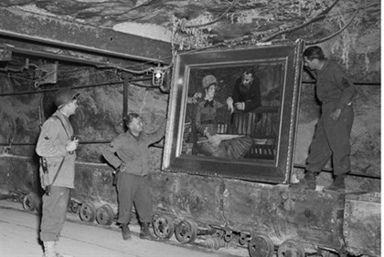 US soldiers artwork stolen by Nazis (file)