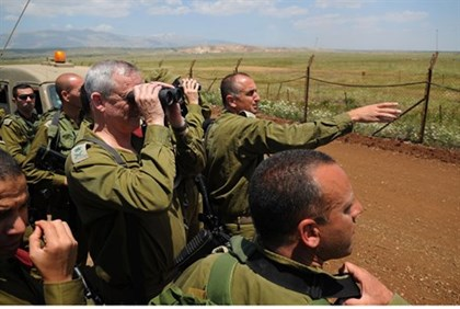 IDF Chief of Staff Benny Gantz at the Syrian border