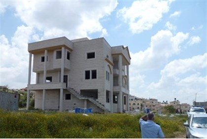 One of the illegal Kafr Kassam mansions