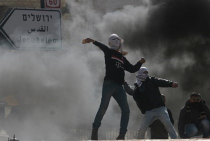 Stone throwing by Jerusalem (file)