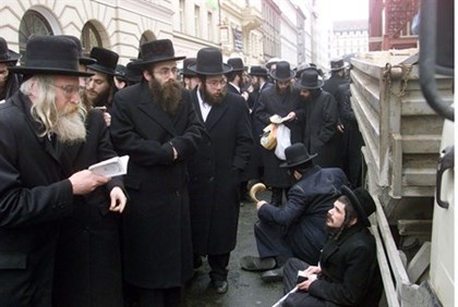 Hareidi Jews in Czech Republic (file)