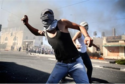 Riot in Shuafat after murder of Arab boy