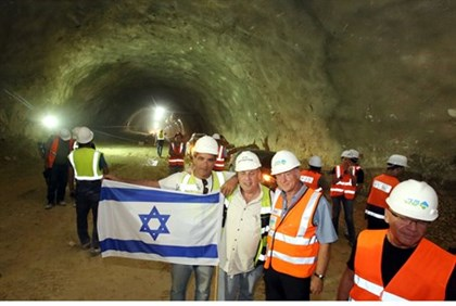 Building the Jerusalem-TA tunnel