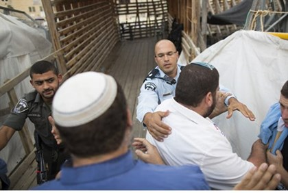 Police prevent Jews from entering Temple Mount (file)