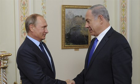 Putin and Netanyahu meet in the Kremllin