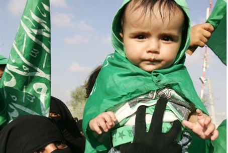 Child at Hamas rally in Gaza