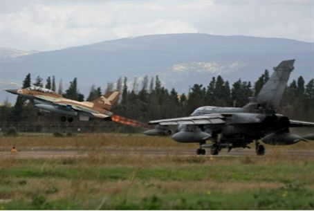 Israeli Air Force in joint drill with Italy