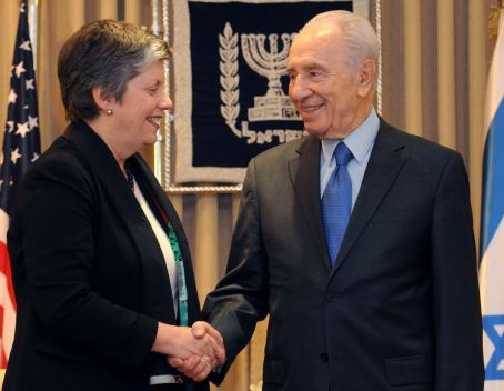 Homeland Security Napolitano and Pres. Peres