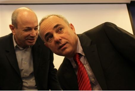 Minister Steinitz (at right), file photo.