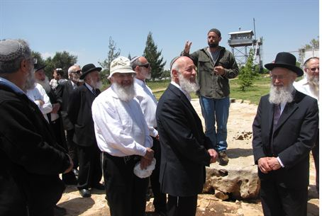 Rabbis tour Shomron
