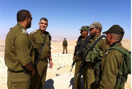 OC Southern Commander Tal Russo tours troops